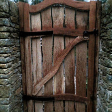 English oak curvy entrance gate